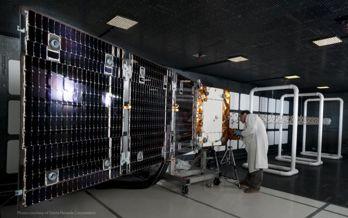 Orbcom-satelliten innan uppsändning.