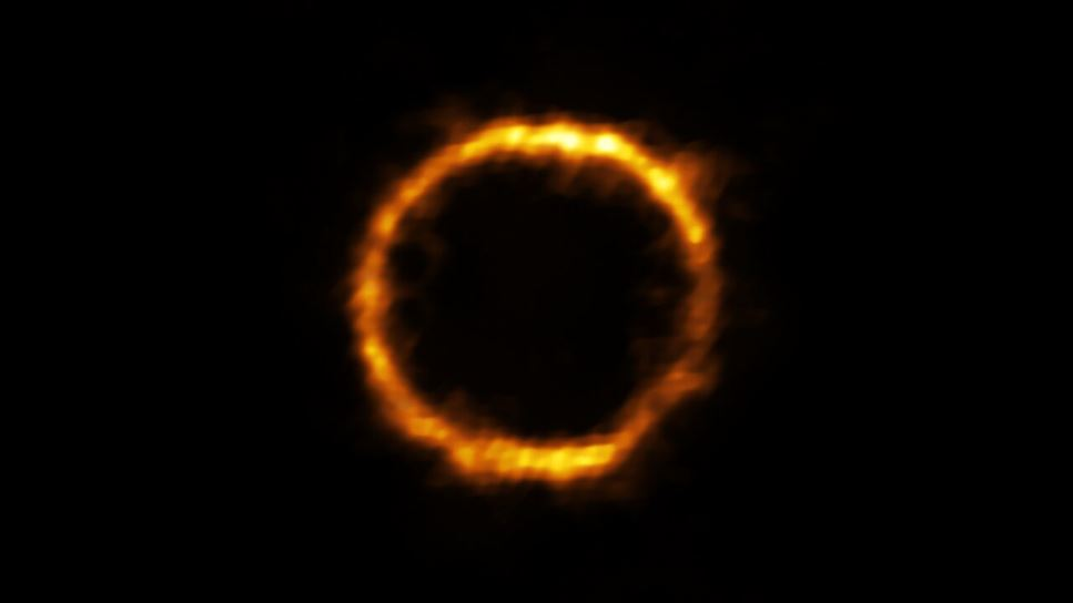 Extremt avlägsen galax fångad på bild