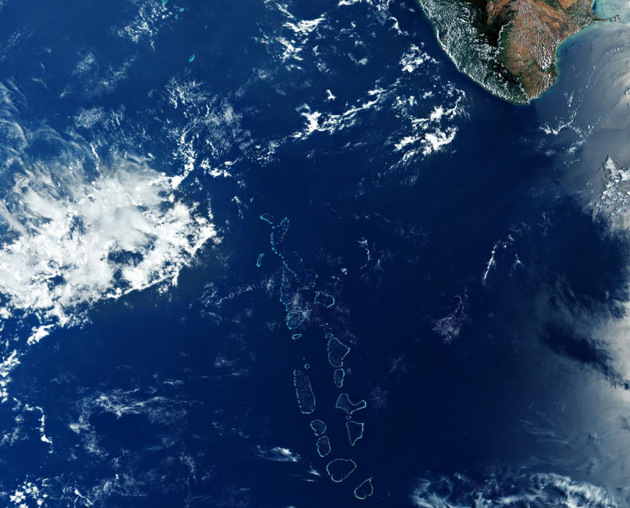 Maldiverna från satellit