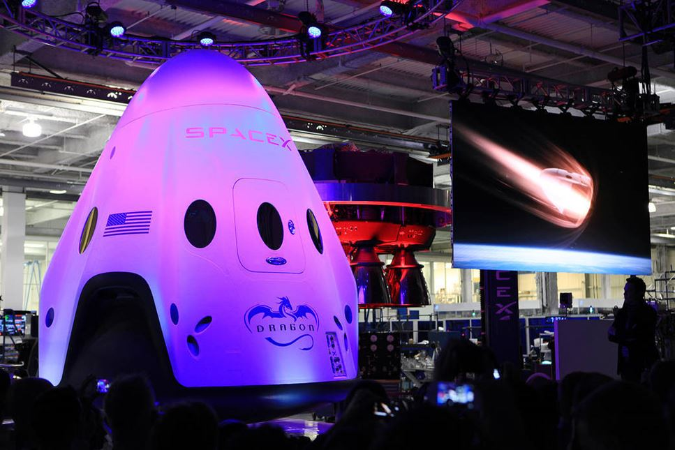 Space X:s rymdkapsel Crew Dragon.