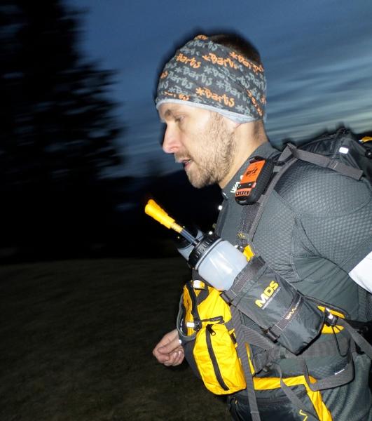 En liten GPS-sändare räddade 18 löpare i extremt ökenlopp