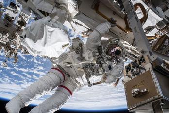 Långa rymdfärder kan ge sämre syn för astronauter