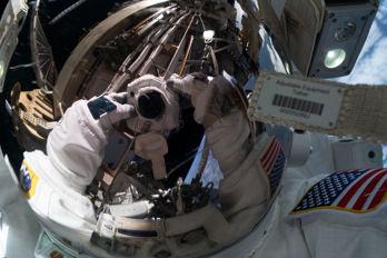 Ytterligare rymdpromenader för Jessica Meir