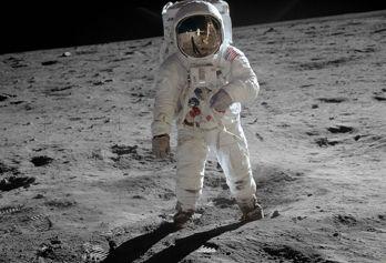 Utställning om den svenska kameran som var först på månen