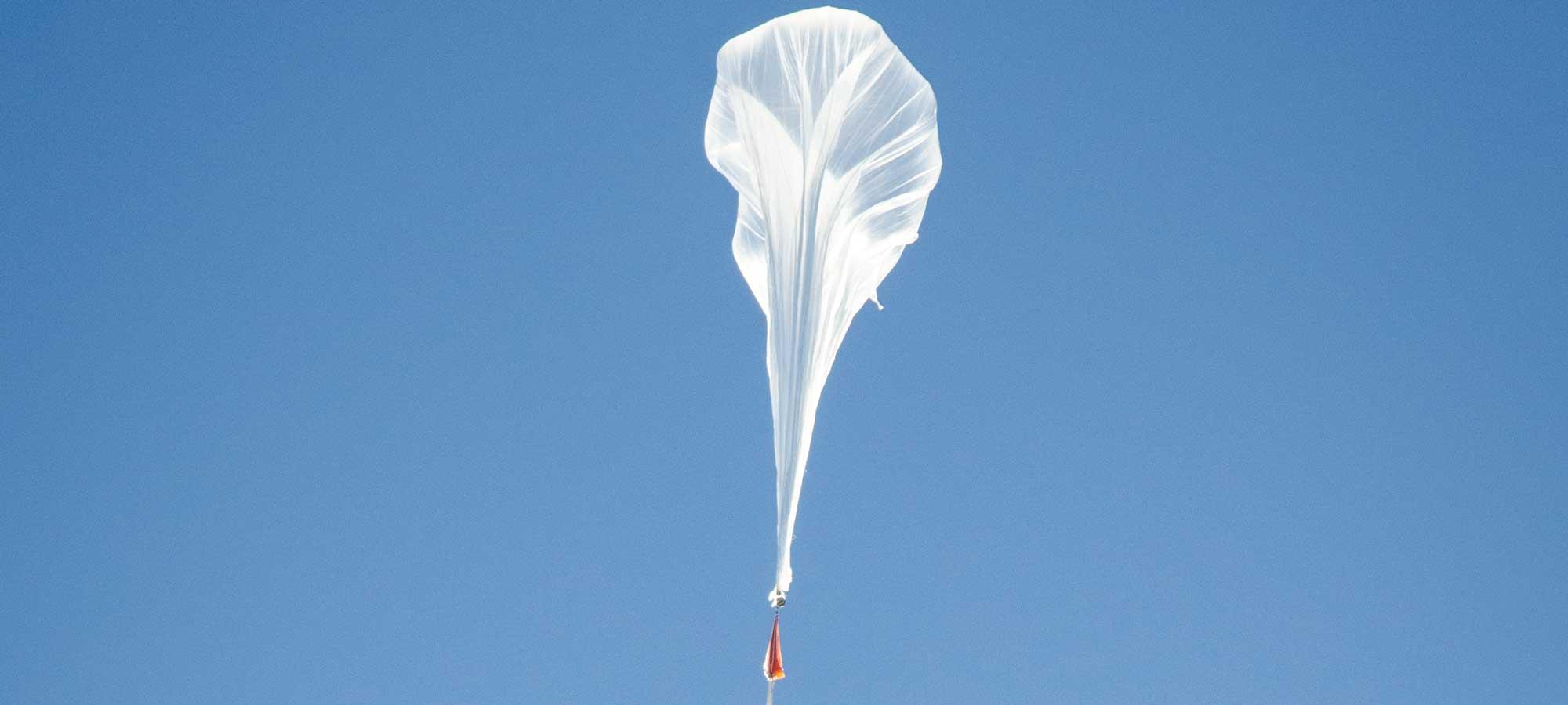 Sondraketer och ballonger