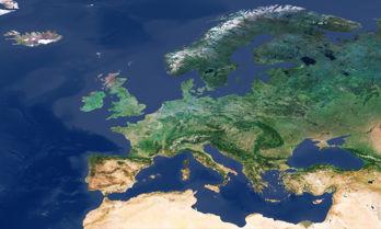 Molnfritt Europa, satellitbild