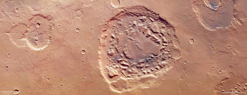 Meteoritnedslag eller supervulkan på Mars?