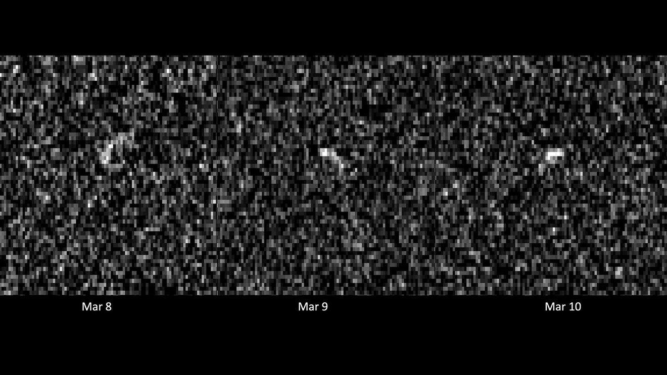 Asteroid i teleskop