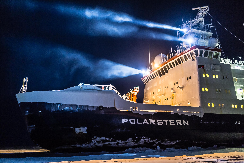 Satelliterna som stöttar Arktisexpeditionen