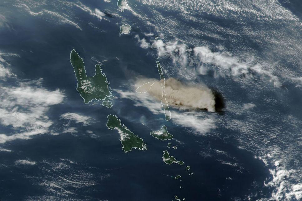 Kraftiga vulkanutbrott samlar svaveldioxid i atmosfären