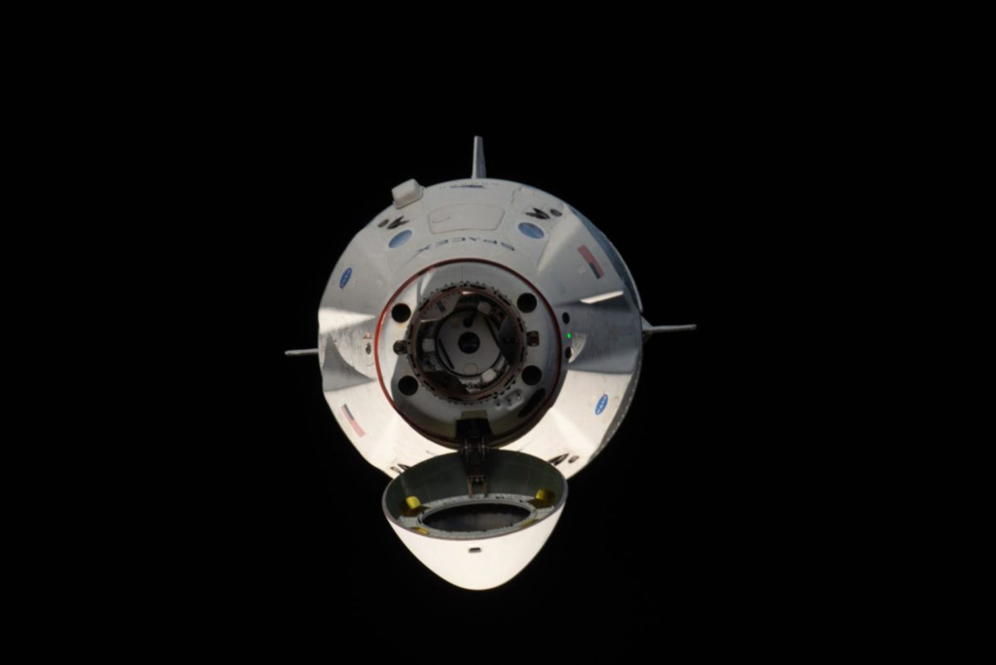 SpaceX Crew Dragon har återvänt tryggt till jorden